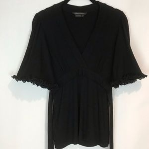 BCBGMaxAzria Sz XS V Neck Empire Top Ruffle Sleeve